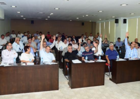 Meclis üyeleri Kıbrıs'a uçtu