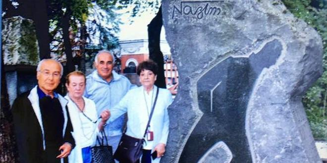 NAZIM HİKMET'İN RUSYA'DA MEZARINI ZİYARET ETTİ