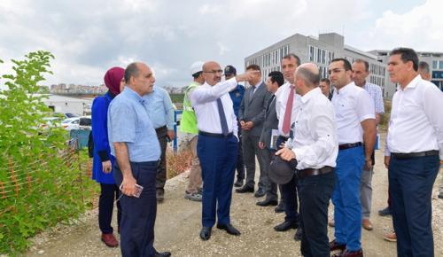 Vali Demirtaş, Ceyhan Devlet Hastanesini yerinde inceledi
