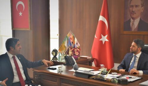 ADANA BAROSU'NDAN AKP İL BAŞKANI AY'A ZİYARET