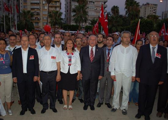 CHP'de Zafer Bayramı Coşkusu