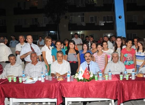 Vali CHP'li Belediye iftarında