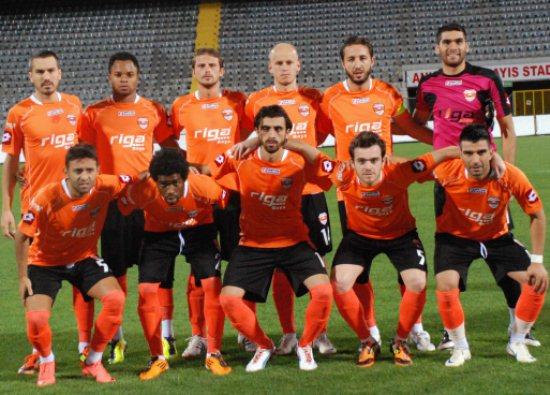 Adanaspor tek golle 3 puan aldı
