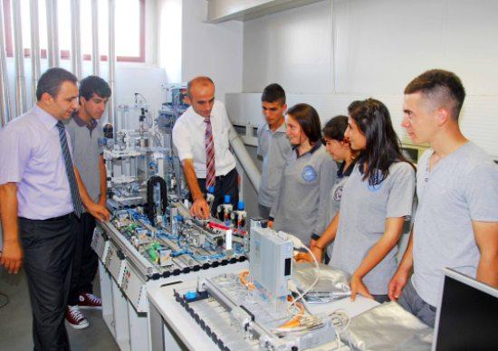 METEM'de Endüstriyel Otomasyon Bölümü