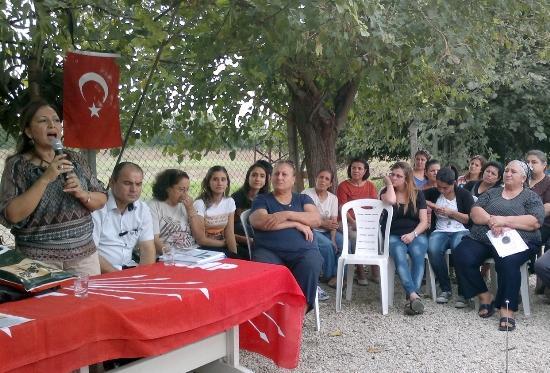 CHP'li kadınlar köy yollarında