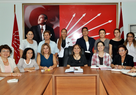 CHP'li kadınlar gezmedik yer bırakmayacak