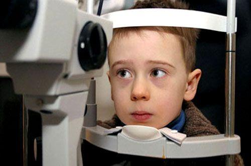 Akbaba'dan çocuklara göz sağlığı uyarısı