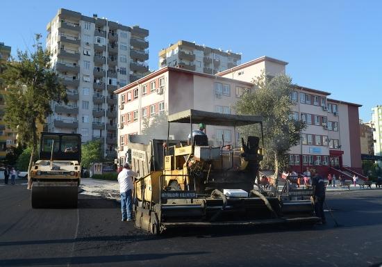 Okullar asfaltlanıyor