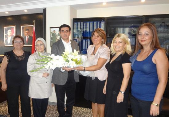 Fahri Konsolos Kulak'tan kadın meclisine destek