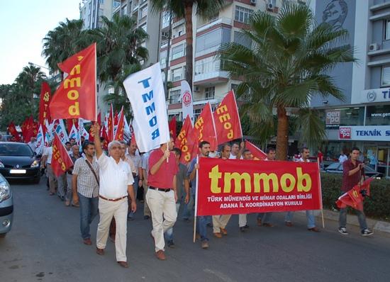 Adana'da teskere protestosu