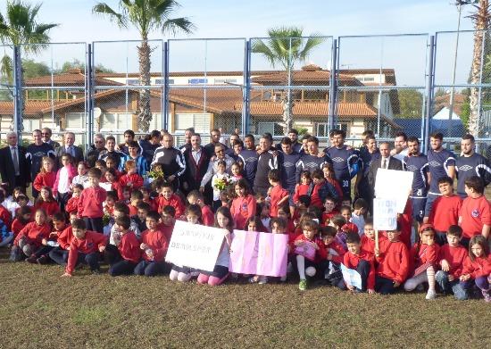Öğrencilerden Demirspora destek