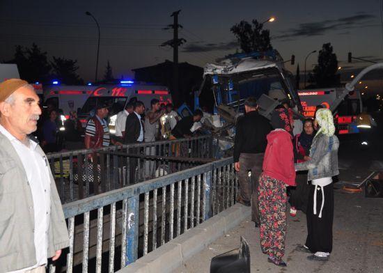 Kazada,  tarım işçilerinden 1'i öldü