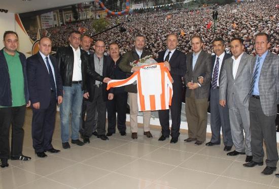 Yağcı'ya Adanaspor forması