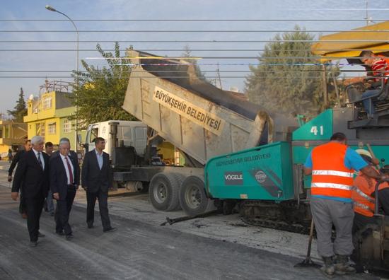 Ege Bagatur Bulvarı asfaltlanıyor
