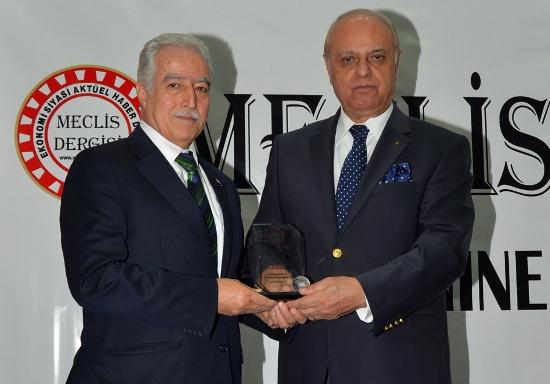 Aldırmaz'a Başarılı Belediye Başkanı ödülü