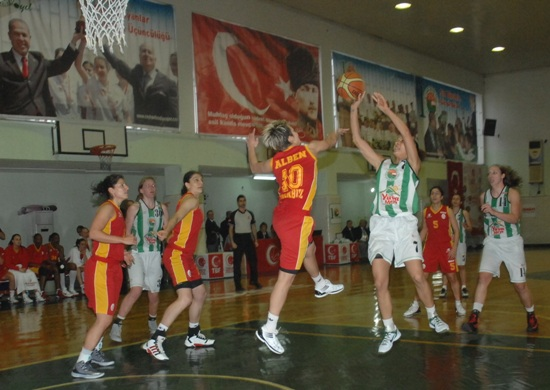 Galatasaray Ceyhan'da galip