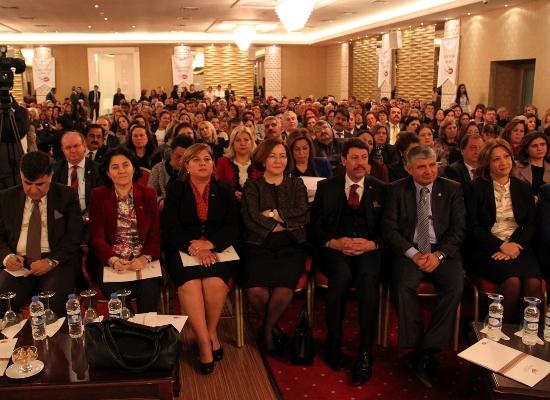 Kadınlar Adana'da buluştu