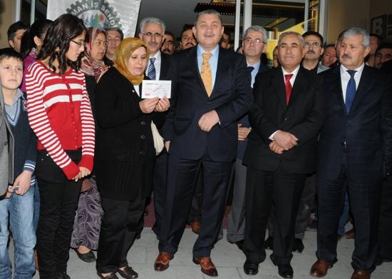 Orman İşçisinin ailesine 20 bin lira