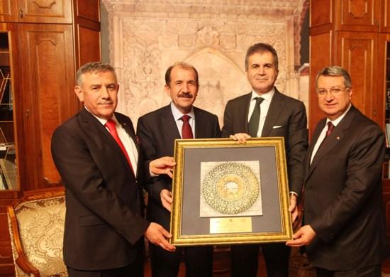 Çelik: Adana yaşanılabilir bir kente dönüşecek
