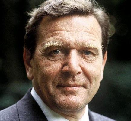 Çukurova GİAD, Schröder'i konuk edecek