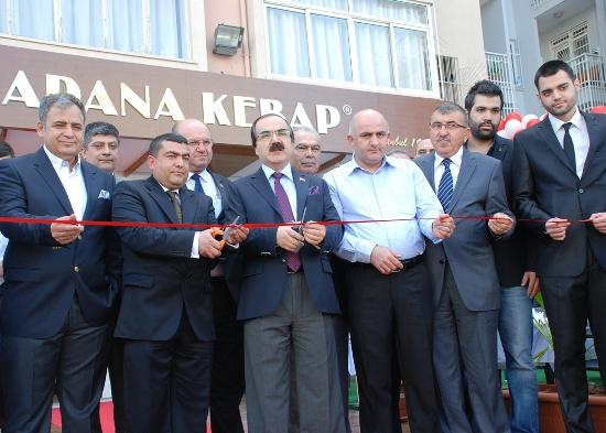 Vali Coş, Büyük Adana Kebap açılışında