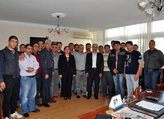 Türkmen'e sendika desteği