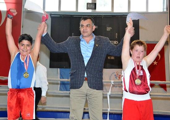 Boksta,  Osmaniye Şampiyon