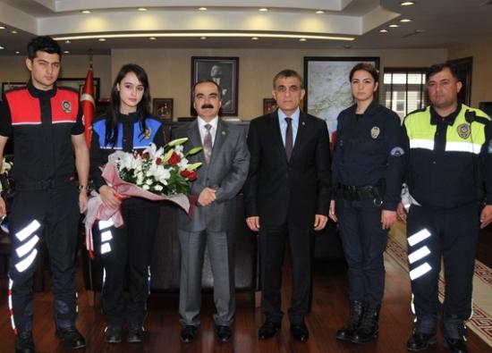 Polislerden Coş'a ziyaret