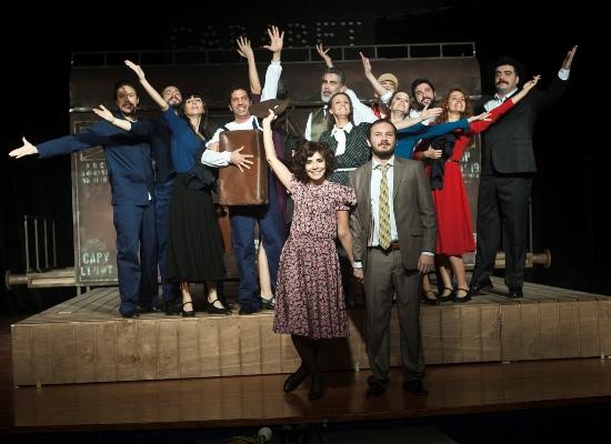 Sadri Alışık Tiyatrosu Adana'da