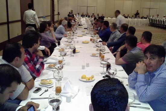 ATO Meclis Üyelerine Yemek