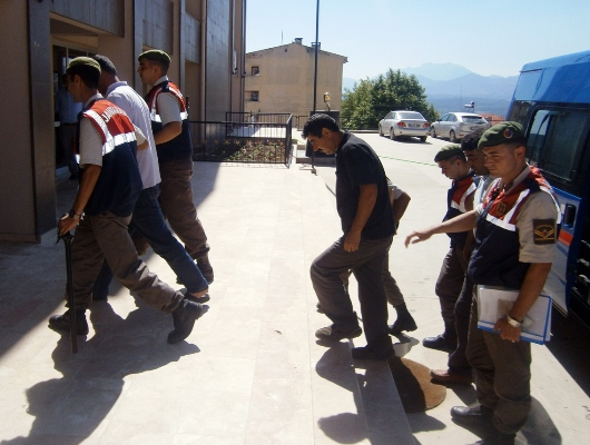 Şantiyeden 65 ton krom madeni hırsızlığı