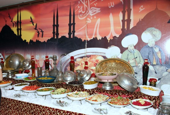 Zirve'de iftar keyfi