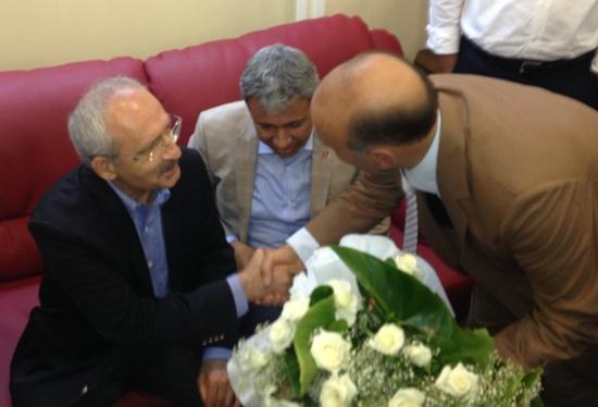 Kılıçdaroğlu'na çiçek ve umut