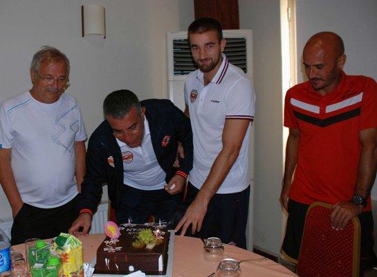 Adanaspor'da doğum günü sürprizi