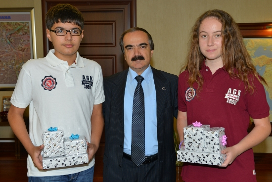 Adana'nın Şampiyonları Ödüllendirildi