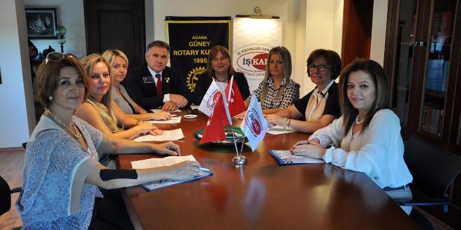 81 ilden kadınlar Adana'da buluşuyor