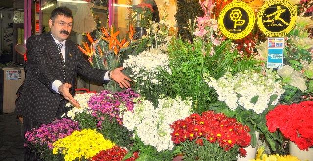 Çiçeklilerin Umudu Sevgililer Günü