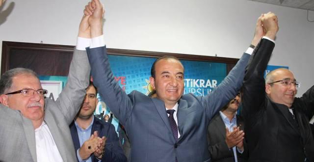 AKP Ceyhan'da 3. Parti