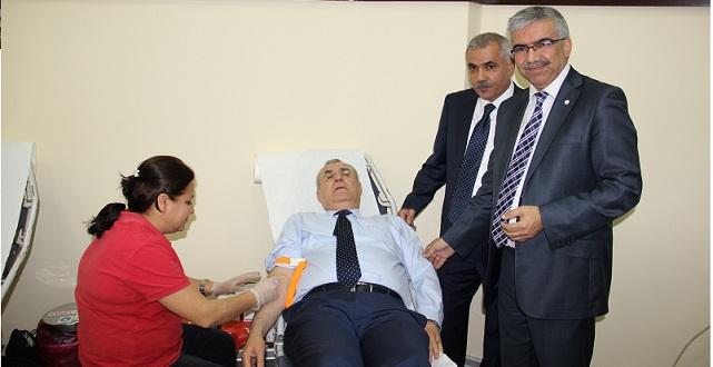 Adana'da Sanayicilerden Kan Bağışı