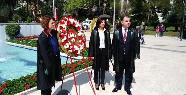 avukatla_adana_gunu_ataturk_parki
