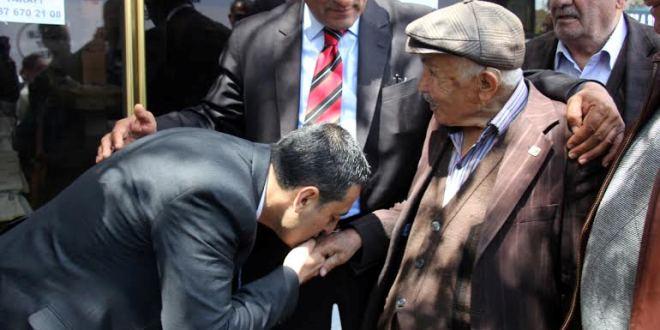 """""""CHP'nin önceliği halkın çıkarı"""""""