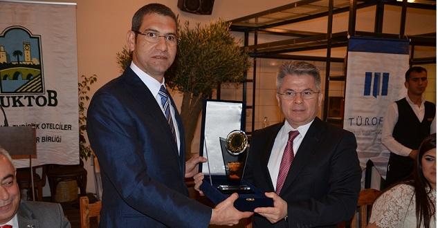 ÇUKTOB'ta  Zaimoğlu görevini Demir'e devretti