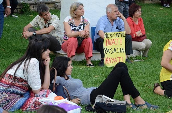 Atatürk Parkında Nükleer Karşıtı Forum (1)