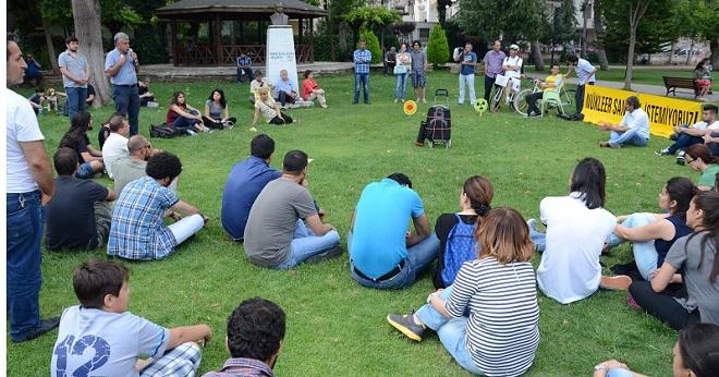 Atatürk Parkında Nükleer Karşıtı Forum (2)
