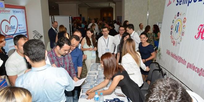 Aile Hekimleri Adana'da Buluştu