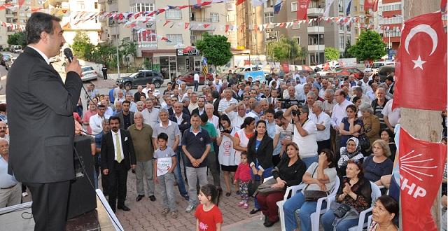 CHP'den Çukurova'da Gövde Gösterisi