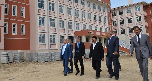 Adana'ya 65 Okul İhalesi