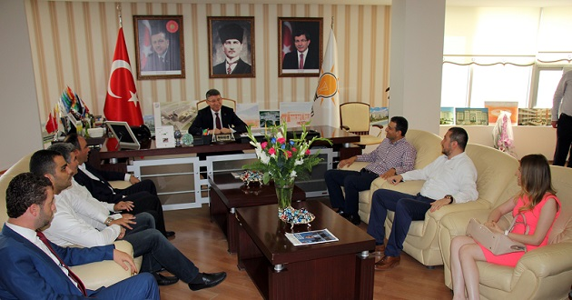 CHP'den AKP, MHP ve HDP'ye Bayram Ziyareti