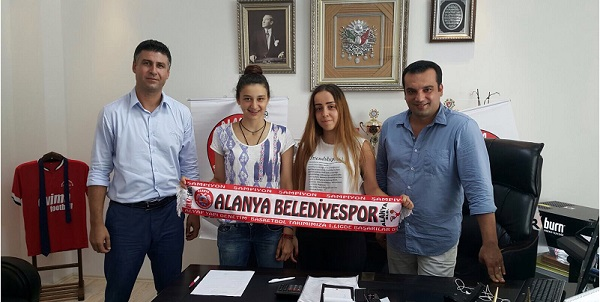 Ceren Türk Alanya'da