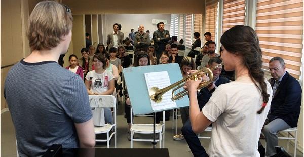 Müzik Eğitimi Hangi Yaşta Alınmalı?